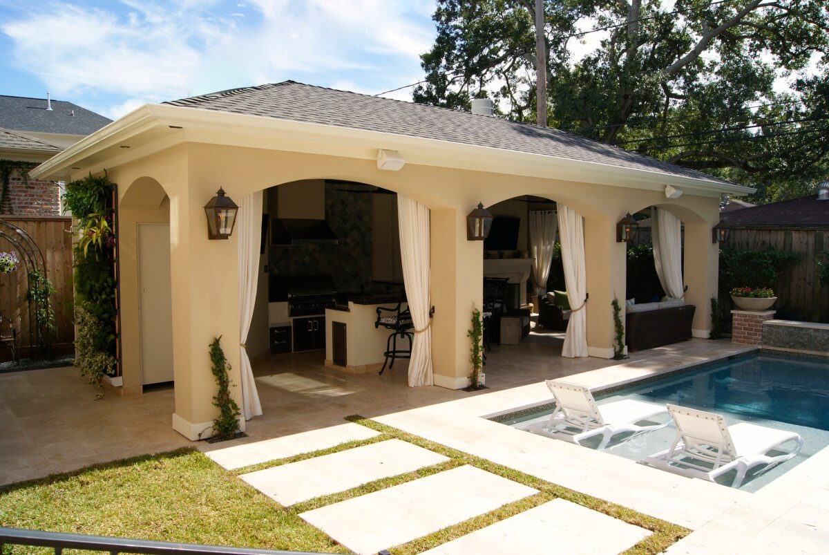 Freestanding loaded pool cabana texas custom patios for Outdoor pool cabana