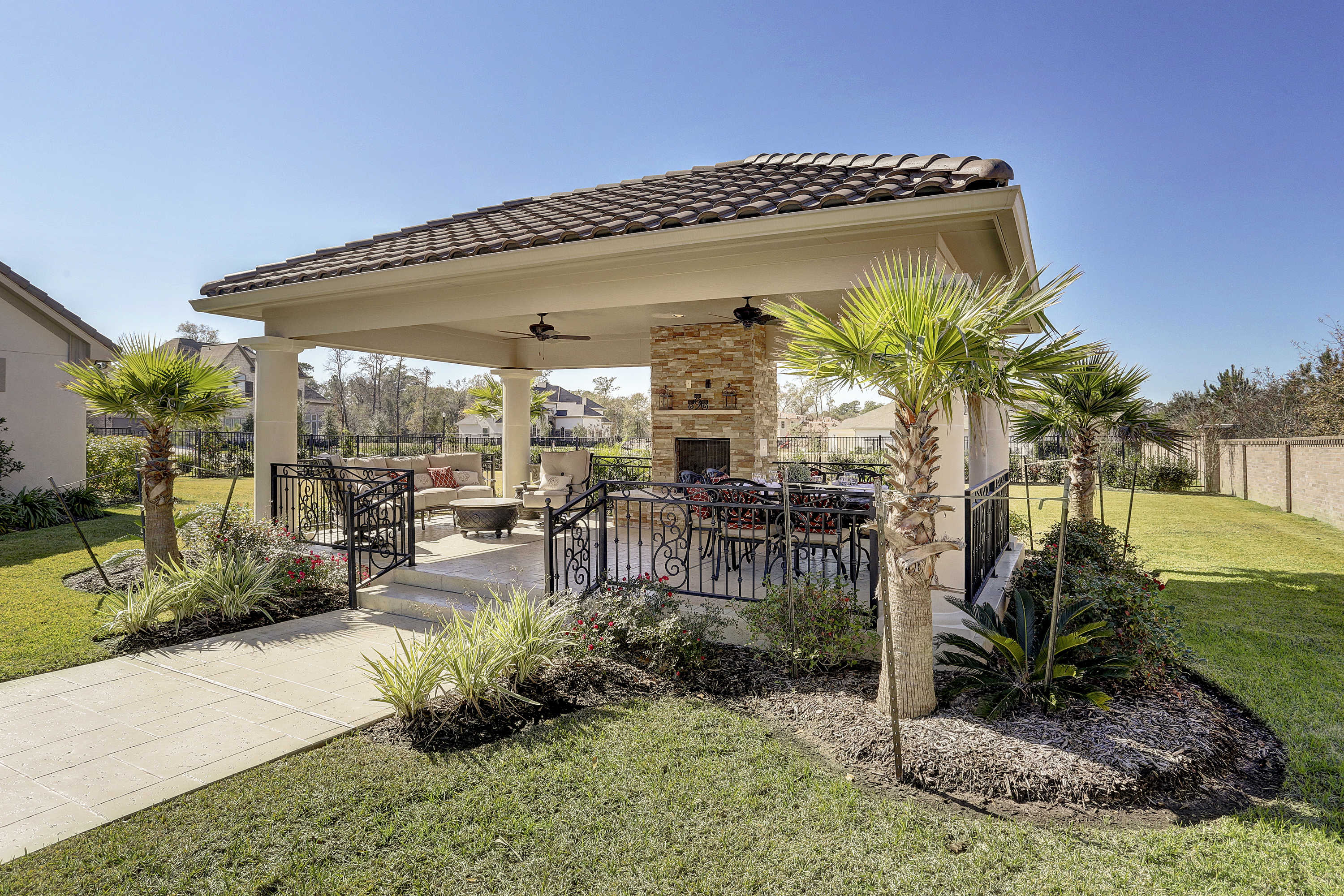 Freestanding patio cover humble texas custom patios for Free standing patio cover designs