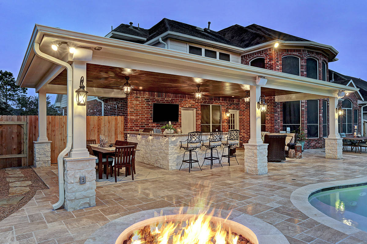 Friendswood outdoor living space texas custom patios for Outside living