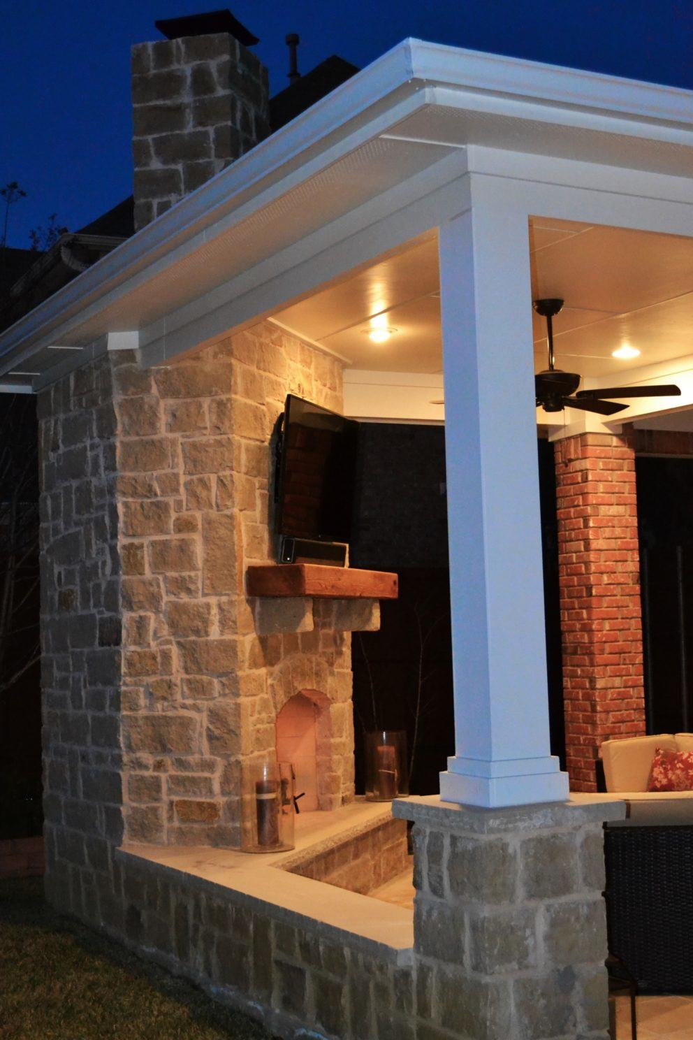 Corner fireplace patio cover Irving