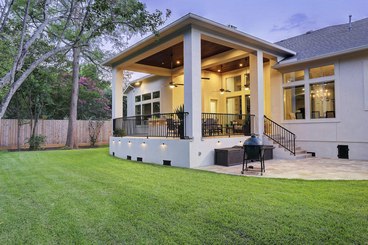 Modern patio cover Bellaire