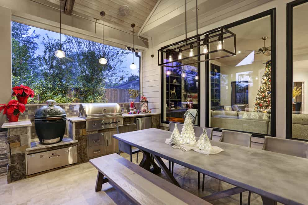 Outdoor kitchen in Houston patio cover