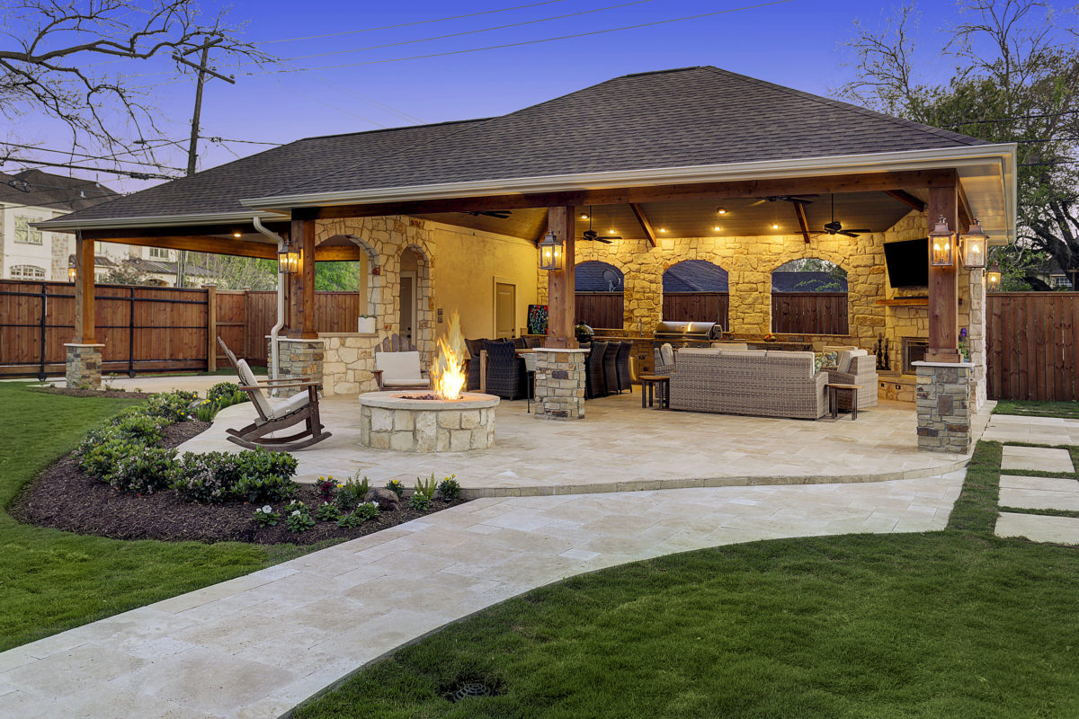 Expanded outdoor living area in houston texas custom patios for Outside living